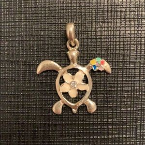 Hawaiian Turtle charm with flowers